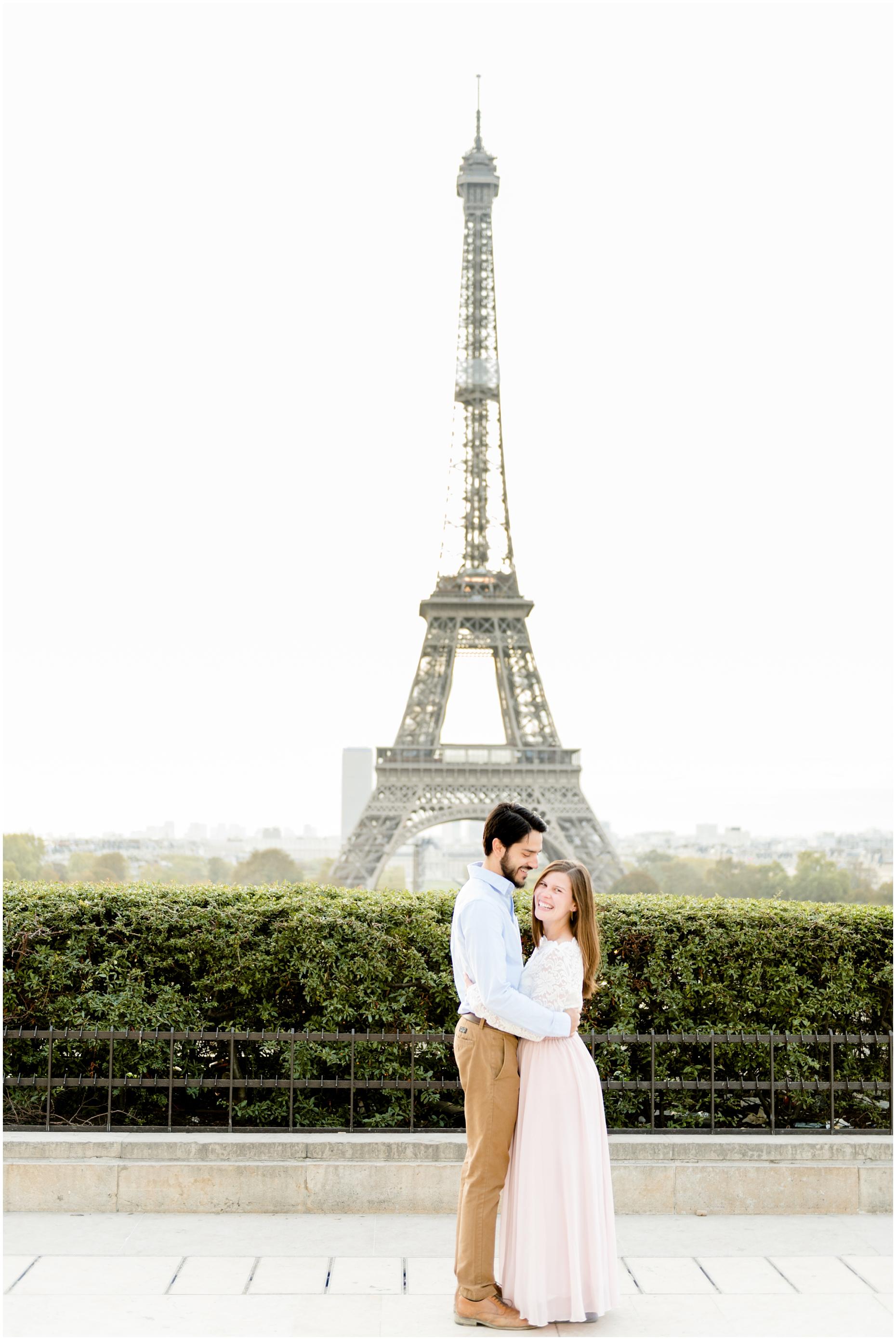 paris_france_eiffel_tower_trocadero_photo_session_english
