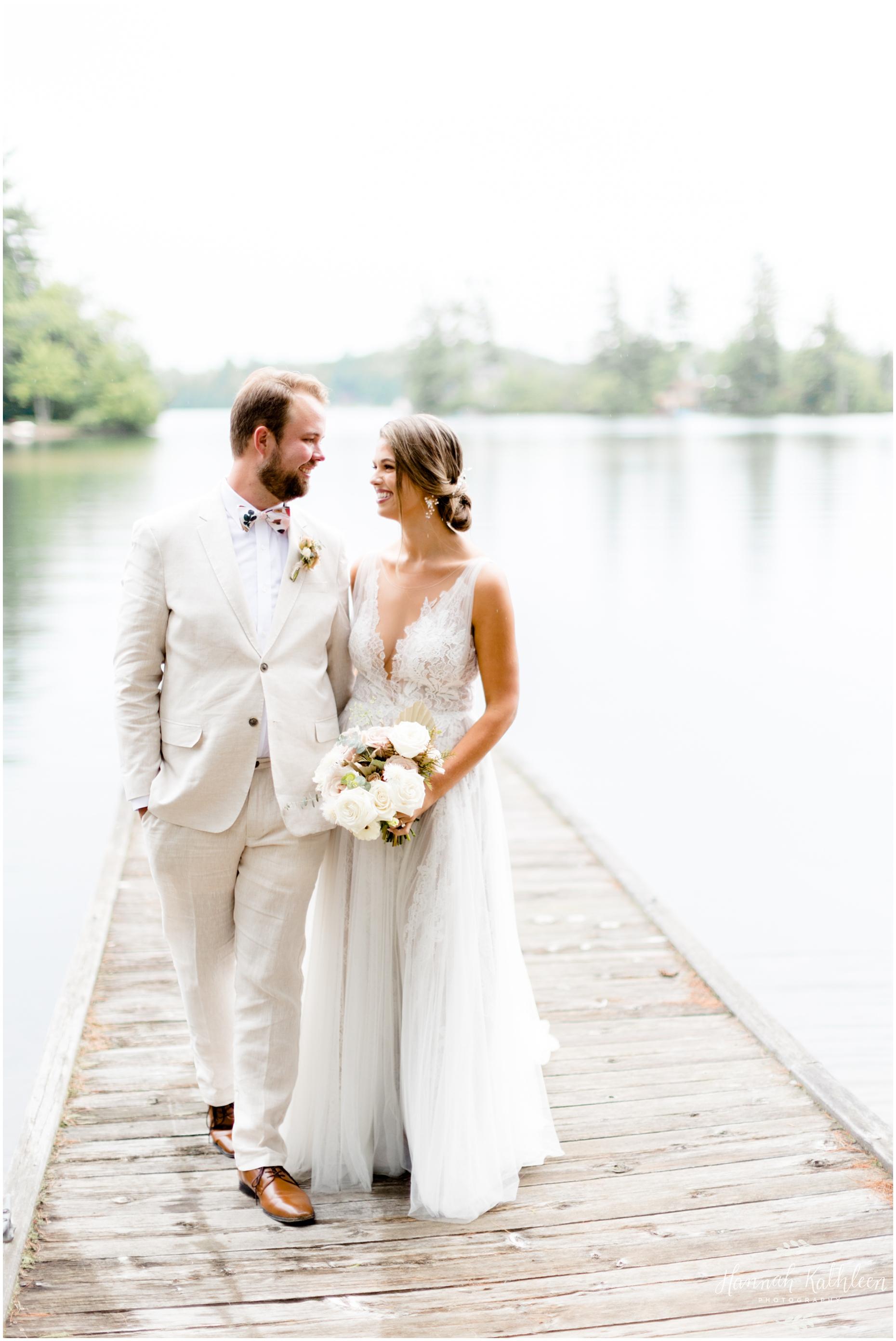 adirondacks-elopement-small-wedding-intimate-backyard-new-york-photography-lake-mountains-outdoor
