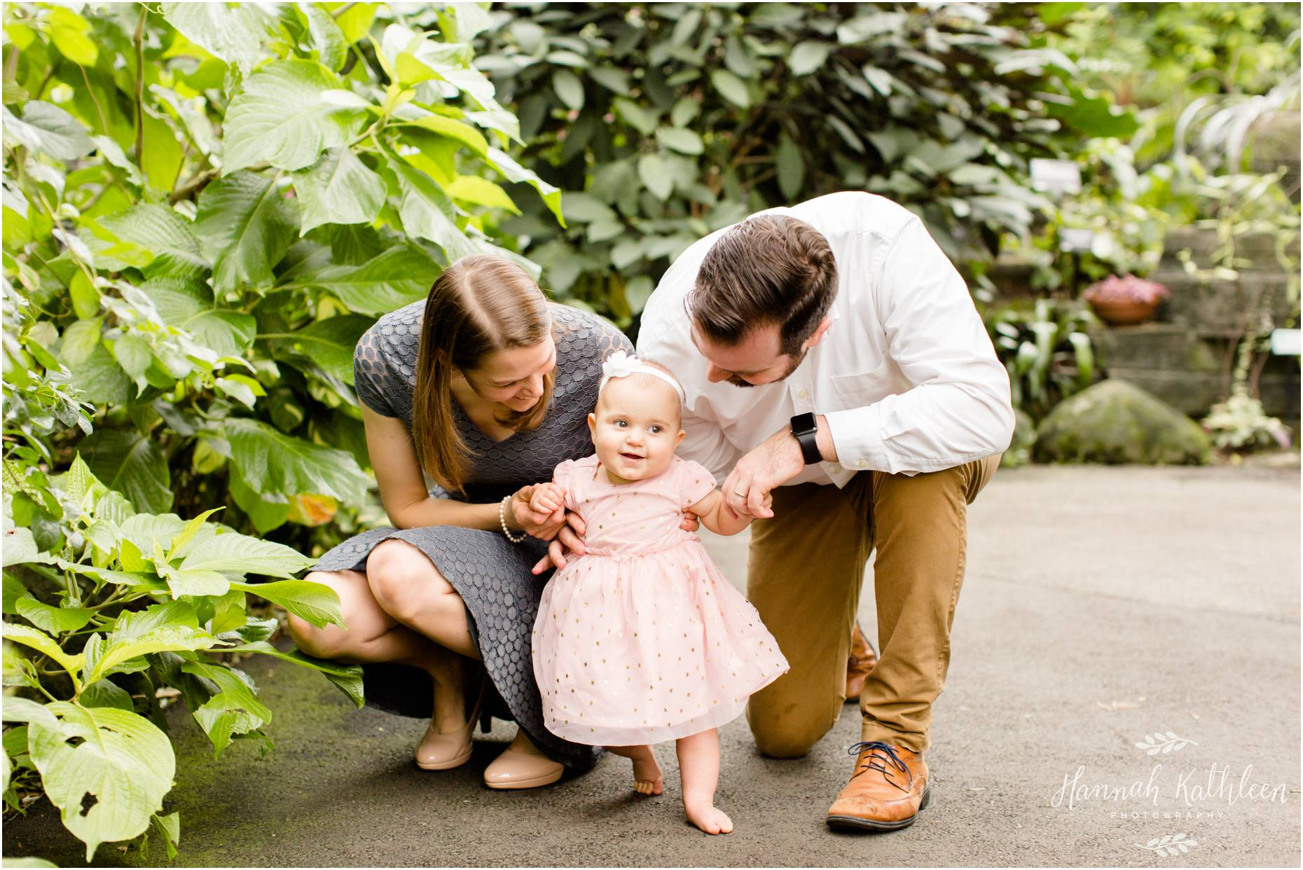 Milwaukee-Wisconsin-Mitchell-Park-Domes-Family-Session-Photographer