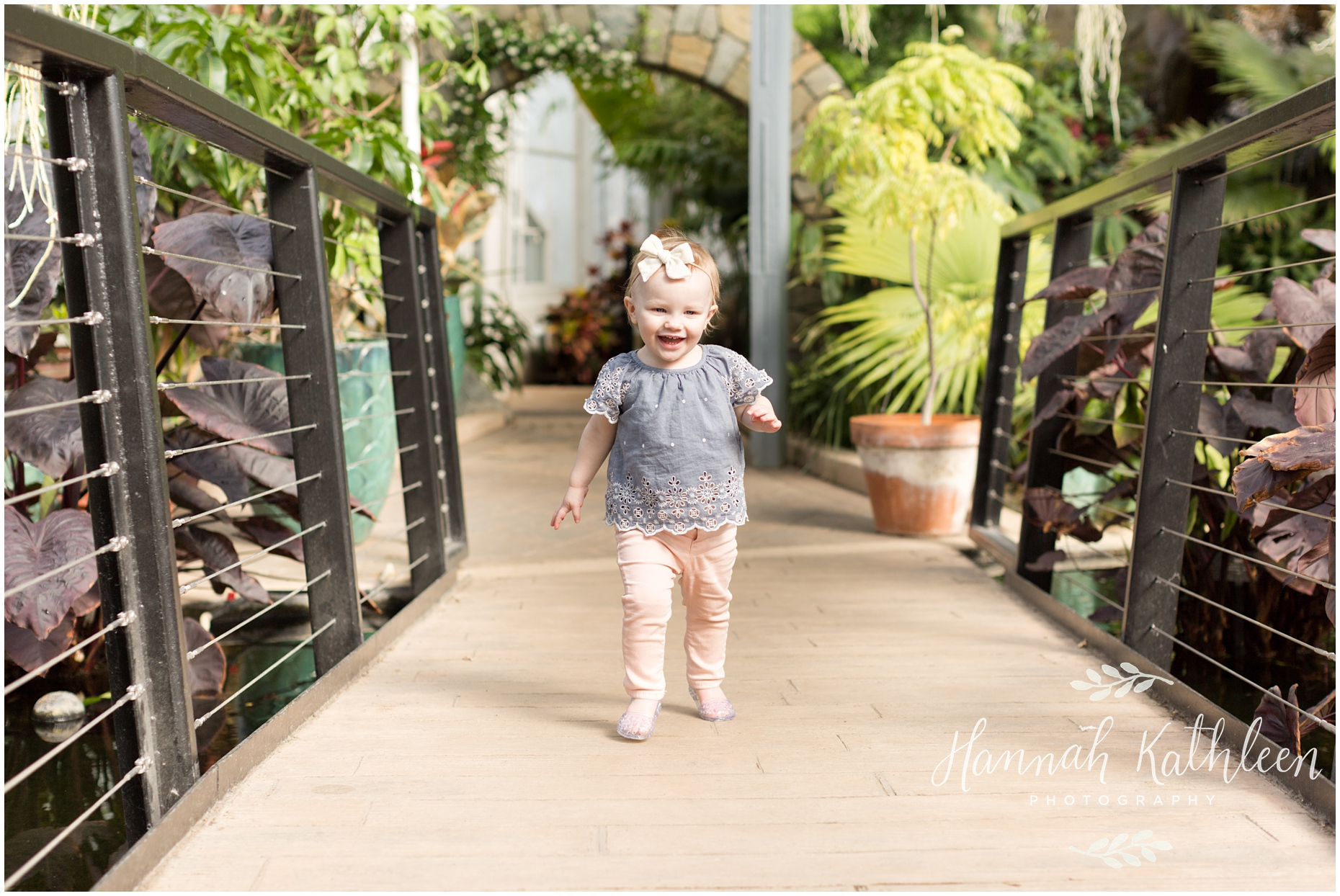 Munro_Family_Buffalo_Botanical_Gardens_Photography