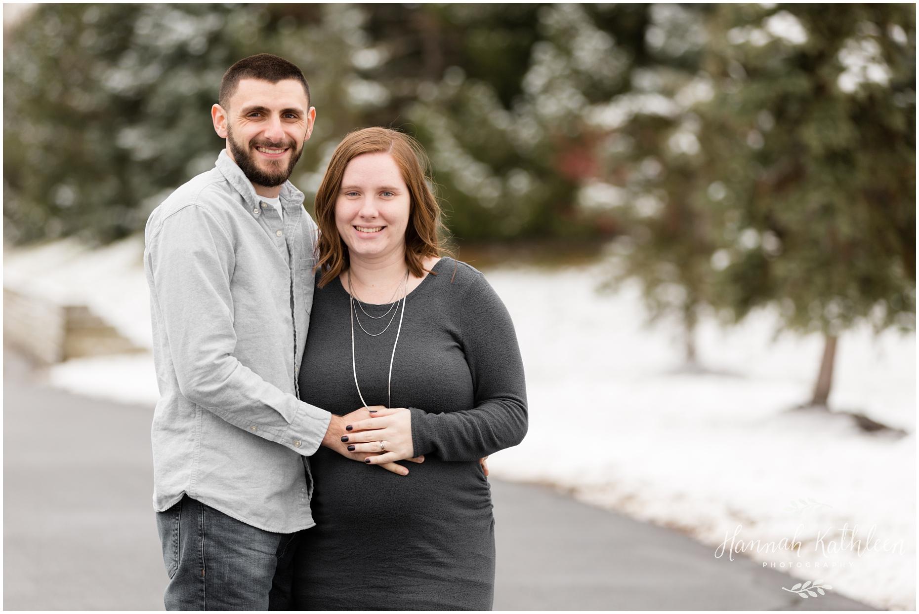 Nick_Brooke_Winter_Maternity_Photos_Buffalo_NY